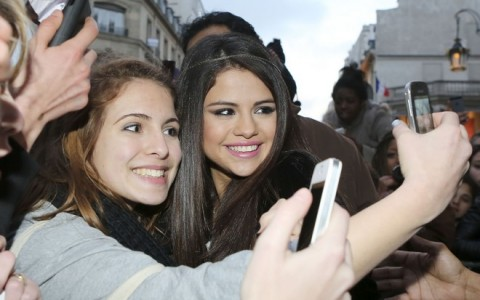 Selena Gomez Meets with Her Fans in Paris