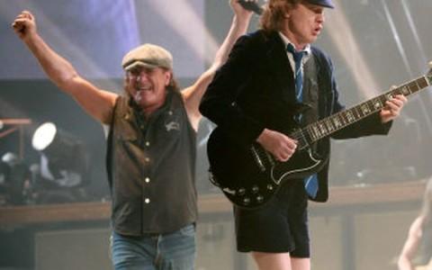 PARIS: AC/DC  in concert