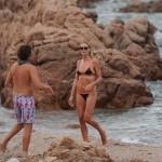 Heidi Klum uživa sa momkom na predivnim plažama!