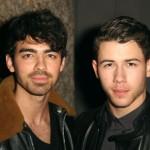 Pogledaj preslatki reunion Jonas Brothersa!