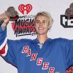 Šta to Justin prodaje u dobrotvorne svrhe?!